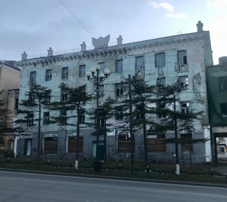 Сталинка по Ленина, 16. Памятник архитектуры с интерьером или без